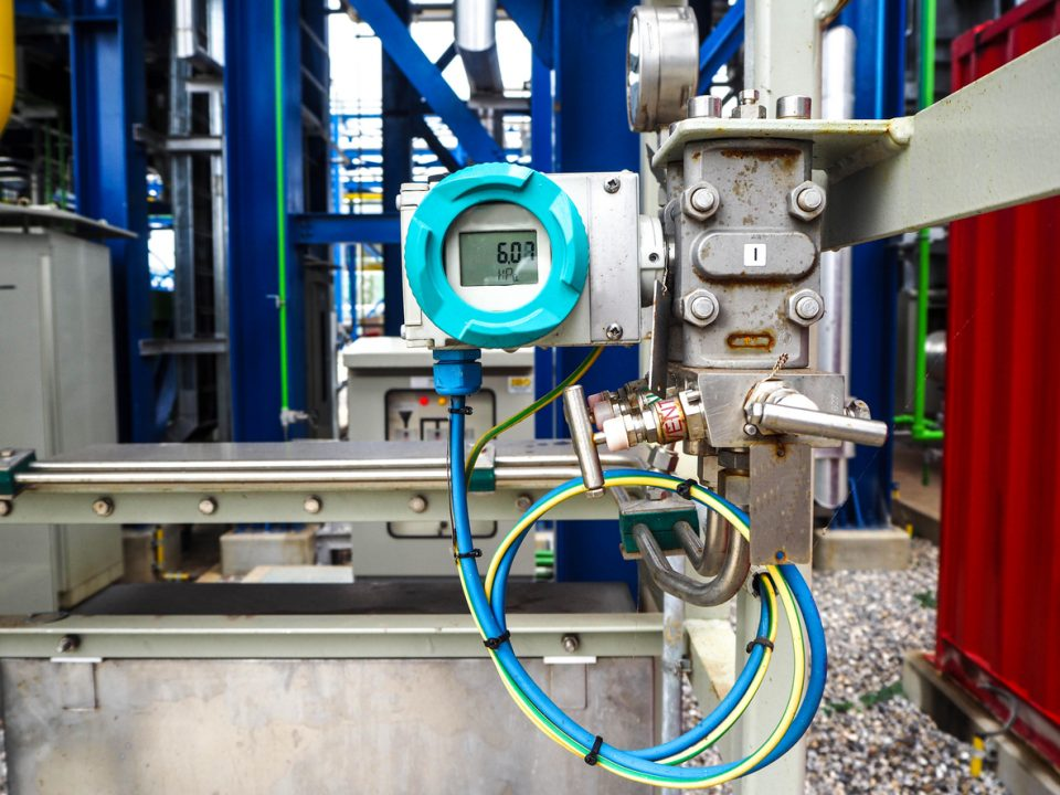 Pressure Transmitters and the Accuracy Components
